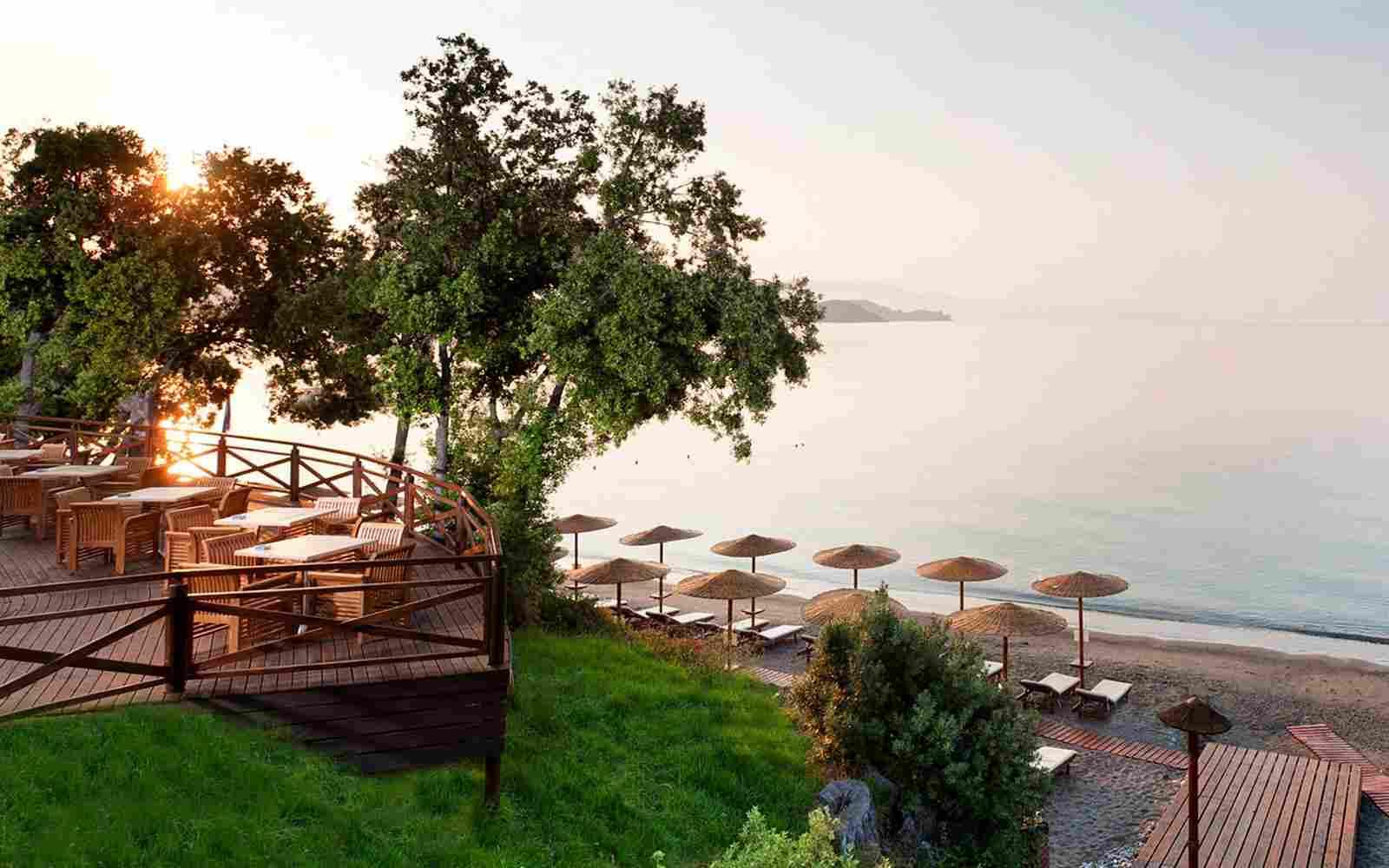 https://www.okohotel.co.nz/wp-content/uploads/2016/03/summer-beach-03.jpg